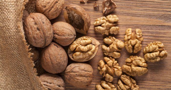 my dog ate walnuts what do i do