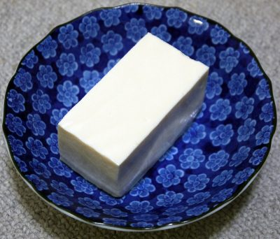 Is it safe for dogs to eat tofu