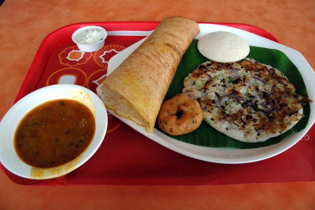 do dogs eat dosa, idli, uttapam, medu vada with sambar
