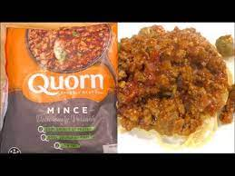 Is Quorn mince processed food safe for dogs